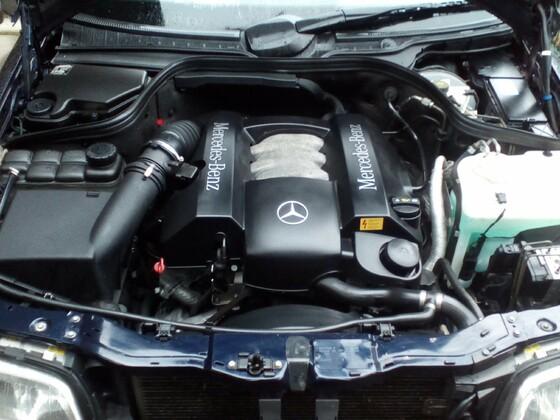 Motorraum M112