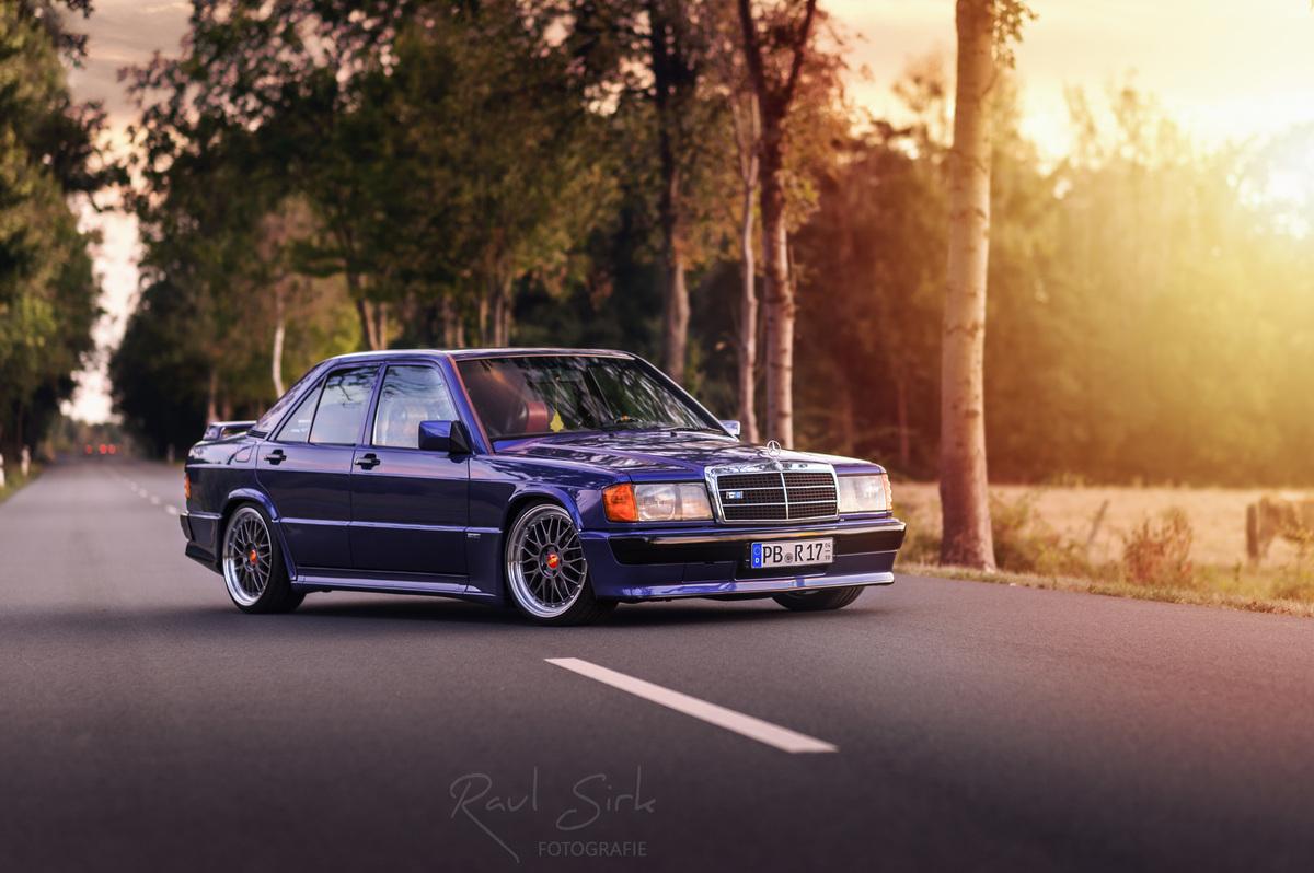 190E Azzurro vorn